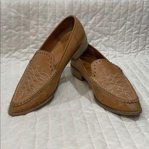 Mi.im heeled loafer shoes size 9